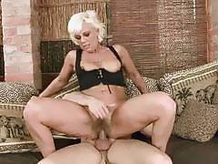 Hot granny gets her hairy pussy fucked hard